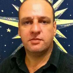Fernando tarólogo e terapeuta